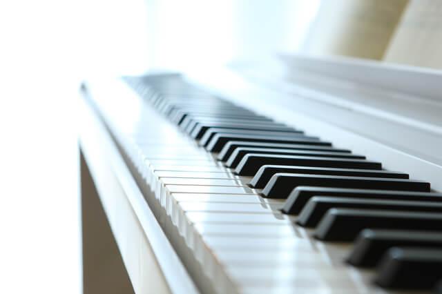 鍵盤楽器(電子ピアノ、キーボード、シンセサイザー)