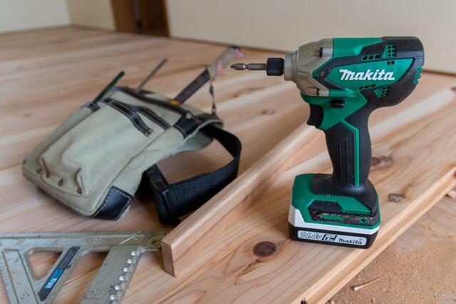 電動工具(インパクトドライバ、丸のこ、他)